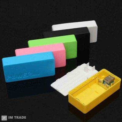 Банк заряда BOX пластик, USB (2x18650)